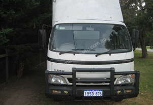 Hino Pantech Truck Used