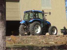NEW HOLLAND TS90 TRACTOR  - picture0' - Click to enlarge