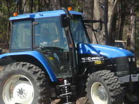 NEW HOLLAND TS90 TRACTOR  - picture1' - Click to enlarge
