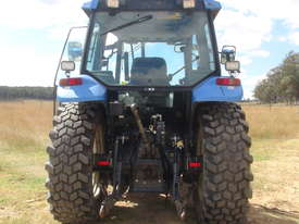 NEW HOLLAND TS90 TRACTOR  - picture4' - Click to enlarge