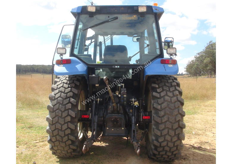 NEW HOLLAND TS90 TRACTOR