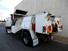 Mitsubishi FM600 Road Maint Truck - picture2' - Click to enlarge