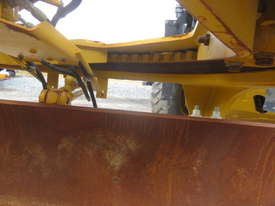 2010 CATERPILLAR 12M MOTOR GRADER - picture7' - Click to enlarge