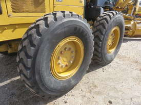 2010 CATERPILLAR 12M MOTOR GRADER - picture11' - Click to enlarge