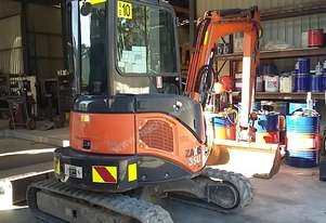 Hitachi 3.5 Excavator 2012 Model 2229 Hrs New Tracks fitted today