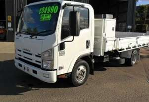 2009 Isuzu NPR 200 Medium Tipper