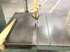 Heska Vertical Metal Bandsaw Great Condition  - picture4' - Click to enlarge