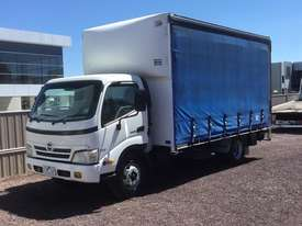 Hino Dutro Curtainsider Truck - picture0' - Click to enlarge