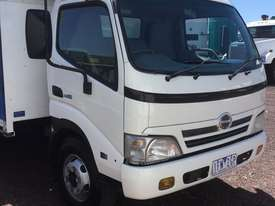 Hino Dutro Curtainsider Truck - picture12' - Click to enlarge