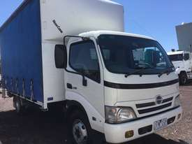 Hino Dutro Curtainsider Truck - picture13' - Click to enlarge