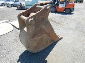 Steel Form 450mm Digging Bucket - picture3' - Click to enlarge