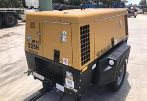 Sullair 225H 150PSI towable diesel compressor