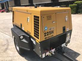 Sullair 225H 150PSI towable diesel compressor  - picture1' - Click to enlarge