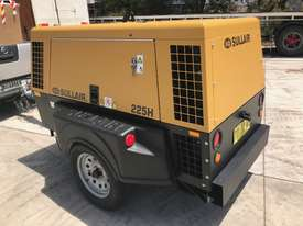 Sullair 225H 150PSI towable diesel compressor  - picture3' - Click to enlarge