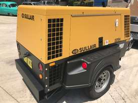 Sullair 225H 150PSI towable diesel compressor  - picture5' - Click to enlarge