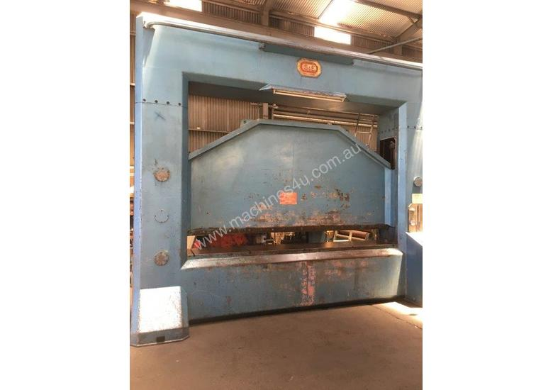 S&E 600 ton x 3650 mm free standing press brake