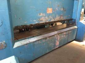 S&E 600 ton x 3650 mm free standing press brake - picture1' - Click to enlarge