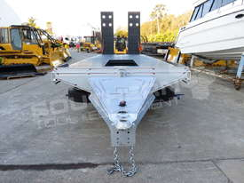 Interstate Trailers Tandem Axle Tag Trailer Custom Silver ATTTAG - picture6' - Click to enlarge