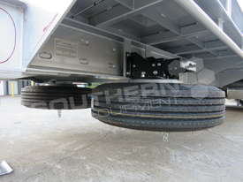 Interstate Trailers Tandem Axle Tag Trailer Custom Silver ATTTAG - picture17' - Click to enlarge