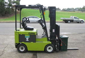 CLARK 1.5T CONTAINER ENTRY WITH SIDE SHIFT & WEIGHT GAUGE