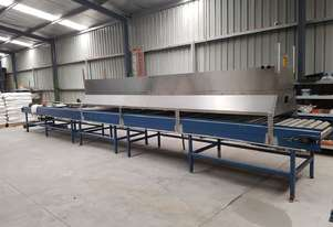 Large gas operated microniser (toasting unit) in good condition