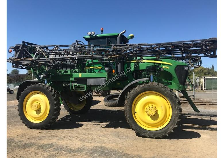 John Deere 4730 Self Propelled Spray Unit