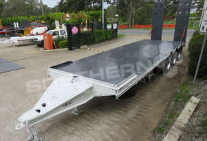 Tri Axle 28 Ton Tag Trailer Custom Black & White ATTTAG