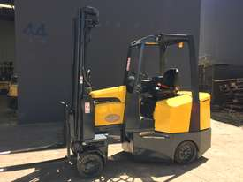 Aisle-Master Narrow Aisle 20SE Articulated Electric Forklift- Refurbished & Repainted - picture0' - Click to enlarge