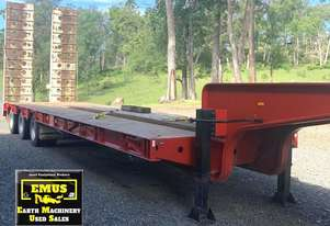 2018 Stone Star Low Loader with outriggers. E.M.U.S. TS557