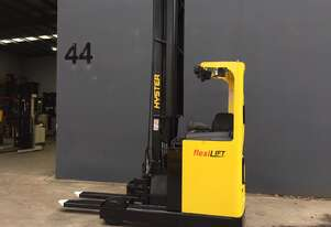 HYSTER R2.0H Electric Ride On Reach truck Refurbished & Repainted