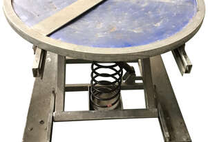 Palift Pallet Turntable Leveling Table Spring Lift Leveller Packing 2000 kg on casters - Used Item