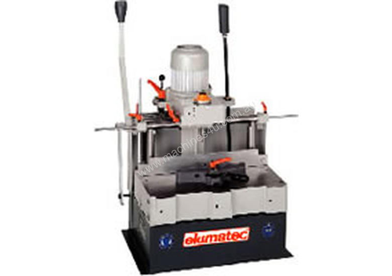 ELUMATEC Single spindle copy router AS70/50
