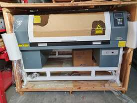 JG-10060DT AXIS Laser Cutting & Engraving Machine - picture2' - Click to enlarge