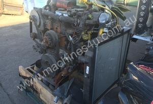 Cummins ISB200 Engine with Transmission