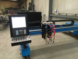 CNC Oxy Cutter - Plasma Option - Gantry axis - picture2' - Click to enlarge