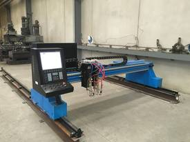 CNC Oxy Cutter - Plasma Option - Gantry axis - picture0' - Click to enlarge