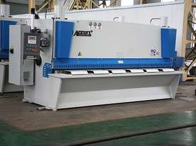 ACCURL Genius MS8-8�3200 CNC Guillotine Shear  - picture0' - Click to enlarge