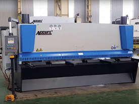 ACCURL Genius MS8-8�3200 CNC Guillotine Shear  - picture6' - Click to enlarge