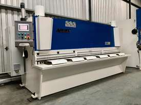 ACCURL Genius MS8-8�3200 CNC Guillotine Shear  - picture3' - Click to enlarge