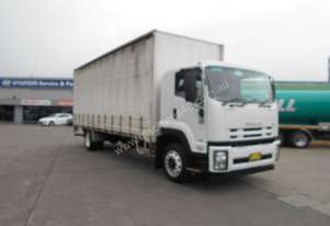 Isuzu 2012   FTR 900 LONG