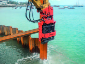 MOVAX SG-45V EXCAVATOR MOUNT PILE DRIVER (20-24T) - picture5' - Click to enlarge