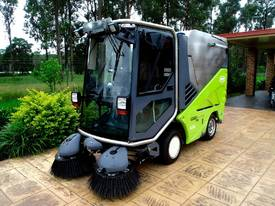 Applied Sweepers Green Machine Road/Street/Sweeper