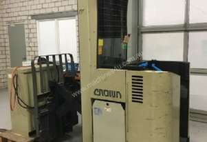 CROWN ELECTRIC REACH TRUCK - Good honest clean machine