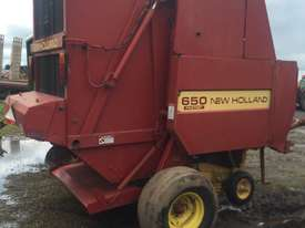 New Holland  Round Baler Hay/Forage Equip - picture0' - Click to enlarge