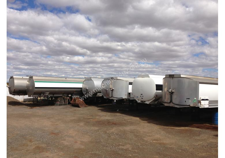 43000 litre water tankers