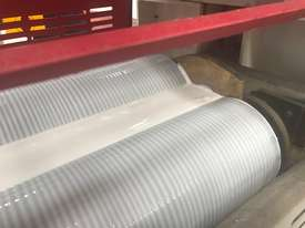 RHINO DOUBLE OR SINGLE SIDE GLUE SPREADER LARGE 1600MM *IN STOCK* - picture9' - Click to enlarge