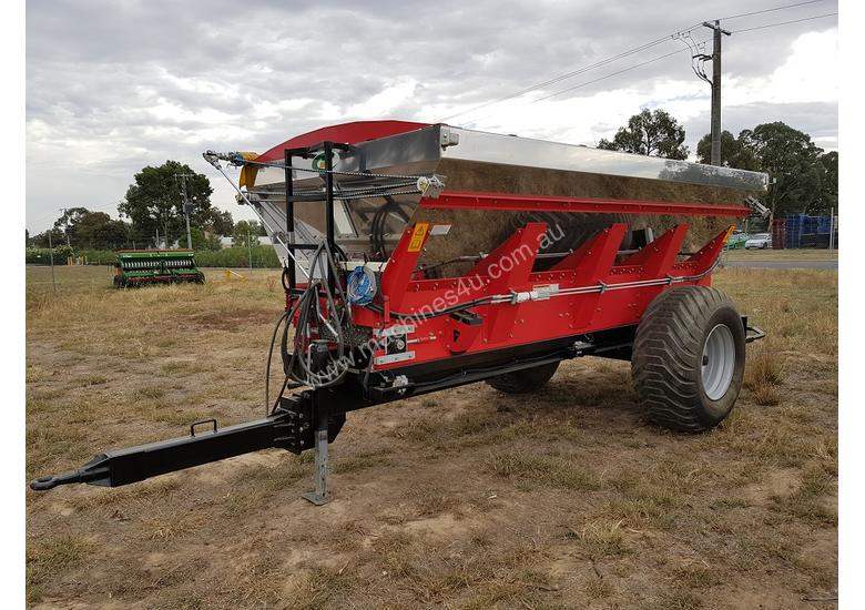 2018 IRIS VIKING 6000SL TRAILING BELT SPREADER (6000L)