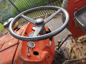 Massey Ferguson tractor 135 Diesel - See working - picture3' - Click to enlarge