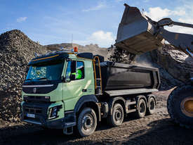 VOLVO FMX TIPPER - picture0' - Click to enlarge