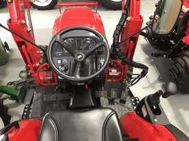 TYM Tractor with 4in1 Front end Loader - 35hp Hydrostatic - picture8' - Click to enlarge